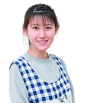 丘山 愛望さん 平成30年3月 保育科卒業